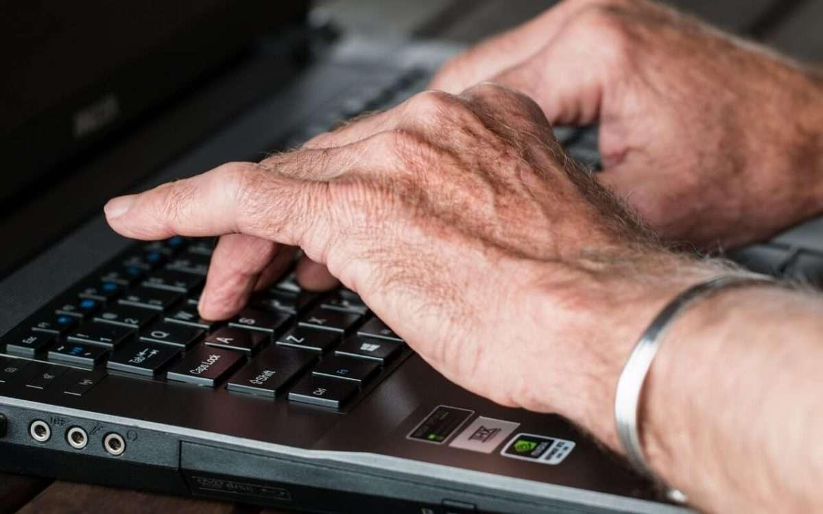 Yaşlıların Teknoloji ile İmtihanı