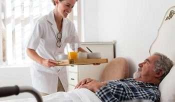 Yatağa Bağımlı Hastalarda Banyo Nasıl Yaptırılır?