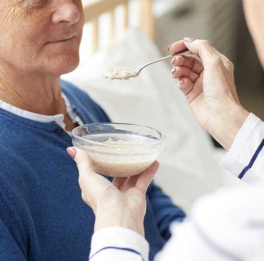evde hasta bakıcı hizmeti